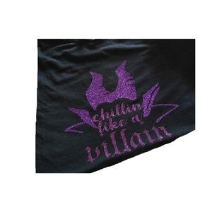 Tops - new chillin like a villain tee shirt